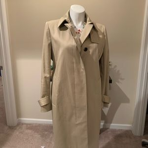 Beautiful Ann Taylor trench coat size XL
